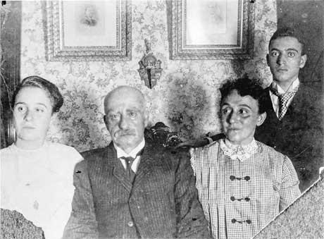 Leo Frank's family