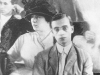 defensive-leo-frank-in-front-with-lucille-selig-at-trial